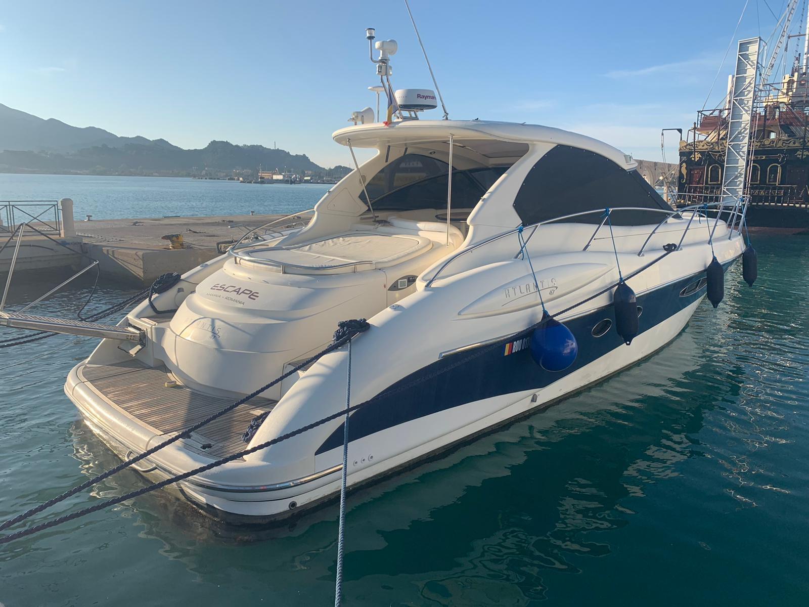 Atlantis 47 M/Y ESCAPE: sold
