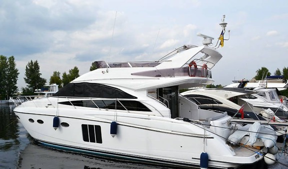 PRINCESS 54 M/Y WRAITH is sold